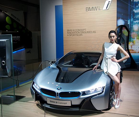 Bmw Z4 V12: [서울모터쇼] BMW, 뉴 3시리즈 그란 투리스모 아시아 최초 공개