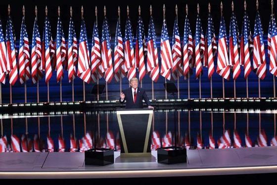 제45대 미국 대통령 자리에 도널드 트럼프 후보가 힐러리 클린턴 후보를 제치고 9일 당선됐다.ⓒ도널드 트럼프 페이스북