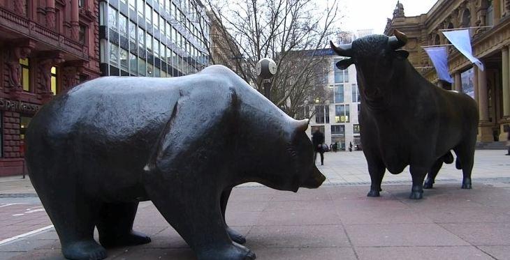 월스트리트에 있는 곰과 황소상.ⓒ구글 캡처
