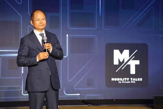 에릭 쉬 화웨이 순환 CEO가 PSA그룹 주관 '모빌리티 설명회(Mobility Talk)'에서 연설하고 있다. ⓒ화웨이