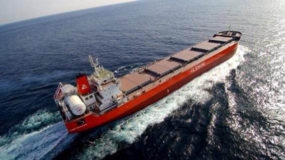 현대미포조선이 건조한 LNG 추진 벌크선.ⓒ현대미포조선