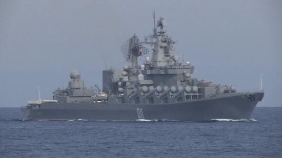 미국과 러시아 군함이 공해 상에서 충돌할 뻔한 아찔한 상황이 벌어졌다.ⓒ연합