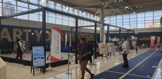 토요타가 도쿄 오다이바 토요타 전시장 메가웹내에 2020년 도쿄 패럴림픽 경기를 시민들이 체험할 수 있도록 만든 부스.ⓒEBN 박용환 기자