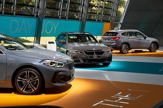 BMW 뉴 1시리즈, 뉴 3시리즈 투어링, 뉴 X1 세계 최초 공개 ⓒBMW코리아