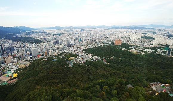 서울시 용산구 남산에서 바라본 주택가 전경ⓒEBN 김재환 기자