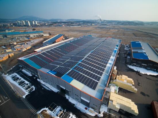 에스와이 인주생산클러스터 자체태양광발전소[사진제공=에스와이]