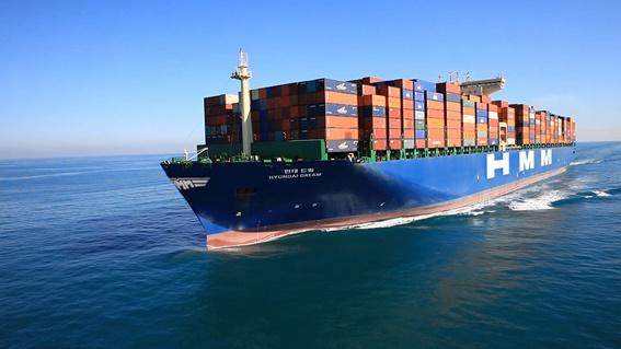 현대상선 컨테이너선이 운항하고 있다.ⓒ현대상선