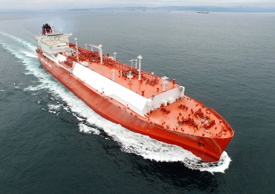 현대중공업이 건조한 LNG선 전경.ⓒ현대중공업