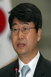 현대제철은 7일 행복일터 안전·환경 자문위원회 위원장으로 김지형 법무법인 지평 대표변호사를 위촉했다고 밝혔다.ⓒ현대제철