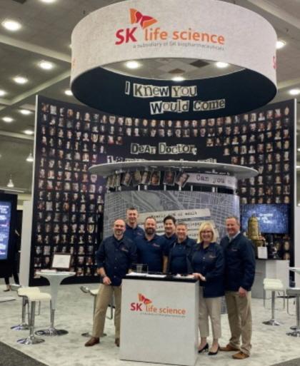12월 6일부터 10일까지 개최된 SK바이오팜의 미국 법인 SK라이프사이언스가 미국 볼티모어에서 개최된 미국 뇌전증학회에 독립부스를 마련해 전문가들을 만났다.