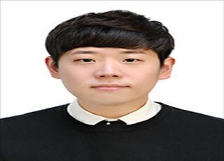 """[기자수첩] 기업은행 '낙하산 갈등'…문재인 """"옳지 않다"""""""