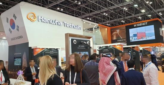 한화테크윈이 1월19일부터 21일까지 아랍에미리트연방 두바이 현지에서 참가한