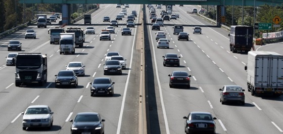 3월 네 번째 일요일인 오늘(22일)은 일부구간을 외엔 교통이 비교적 원활할 것으로 보인다.ⓒ연합뉴스