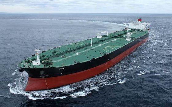 현대중공업이 건조한 초대형 원유운반선(VLCC)가 바다를 항해하고 있다.ⓒ현대중공업