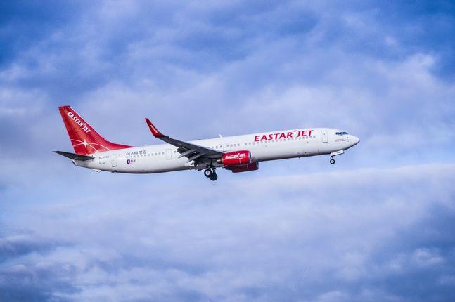 국제선과 국내선 모두 운항을 전면 중단한 이스타항공이 항공운항증명(AOC) 효력마저 일시 정지되는 상황에 처했다. ⓒ이스타항공