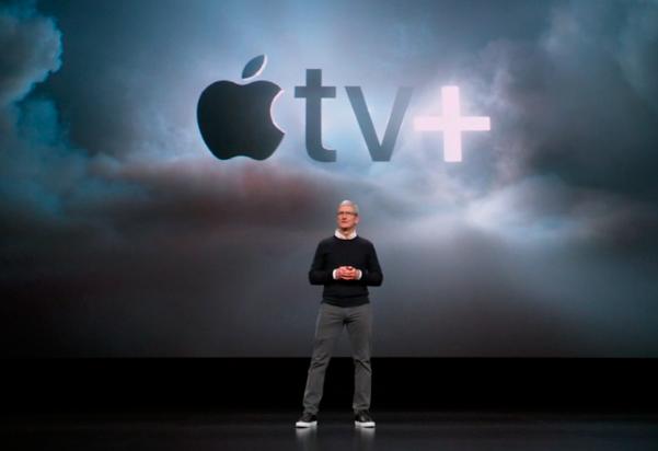 팀 쿡 애플 CEO가 콘텐츠 서비스 중 하나인 애플TV+를 설명하고 있다.ⓒ애플