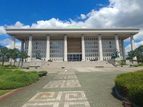 국회의사당 전경.ⓒEBN
