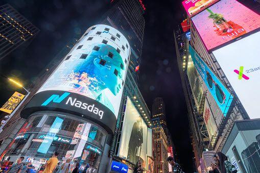 뉴욕증시에서 주요 지수는 신종 코로나바이러스 감염증(코로나19) 확산 부담에도 미국 소비자 심리 등 주요 지표가 양호했던 데 힘입어 상승했다.ⓒEBN
