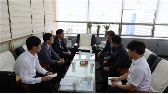 대한건설협회 관계자와 한국철도시설공단 실무그룹이 10일 건설회관에서 실무회동을 하고 있다.ⓒ대한건설협회