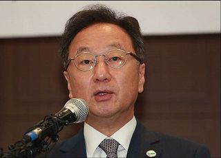 이우석 코오롱생명과학 대표 보석 석방…불구속 재판