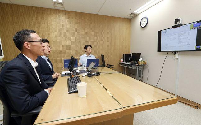 신한은행은 지난 8일부터 10일까지 우수 고객을 대상으로 언택트 자산관리 세미나