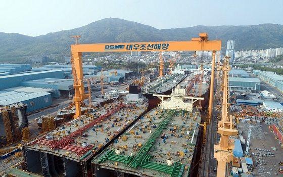 대우조선해양의 거제 옥포조선소에서 초대형원유운반선 4척이 동시에 건조되고 있다.ⓒ대우조선해양