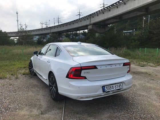 볼보 신형 S90 ⓒEBN