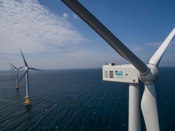 국내 최초의 해상풍력발전단지인 제주도 한경면 탐라해상풍력단지에 설치된 풍력발전기 모습.ⓒ두산중공업