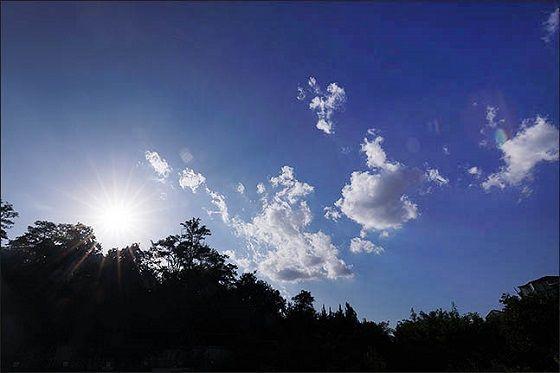 서울시 관악구에서 바라본 화창한 하늘 모습.ⓒ데일리안 DB