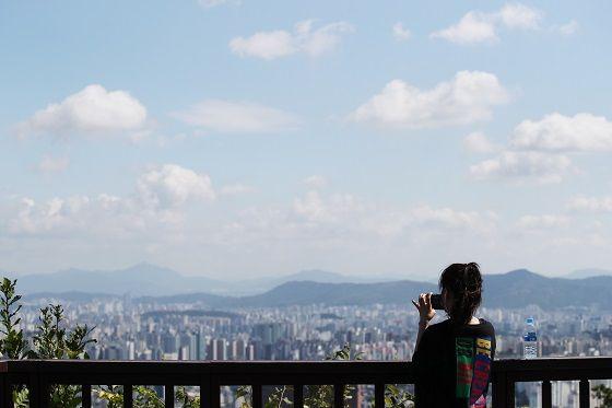 남산 정상에서 바라본 서울시 가을하늘 전경.ⓒ데일리안 DB