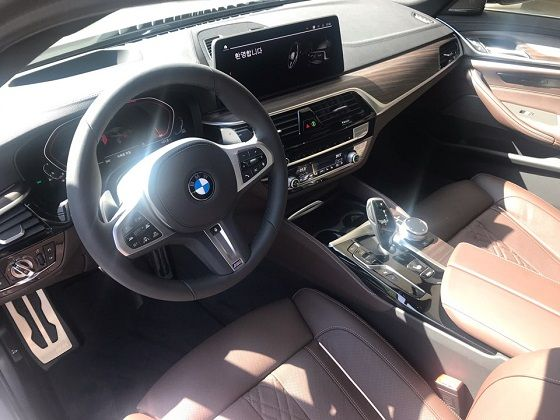 BMW 뉴 540i 실내 ⓒEBN
