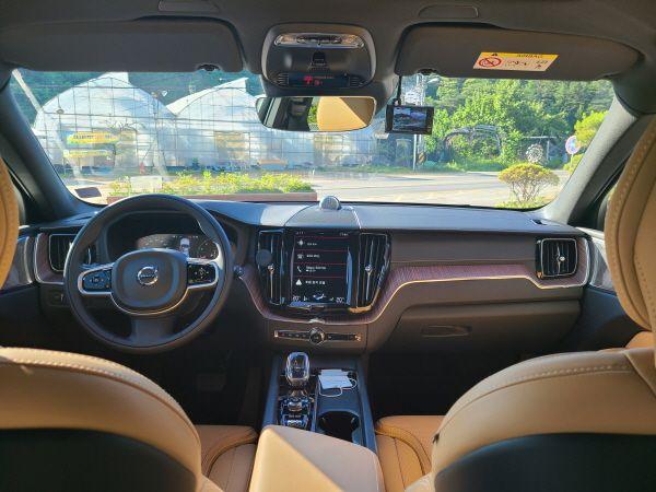 XC60 B6 AWD 인스크립션ⓒEBN